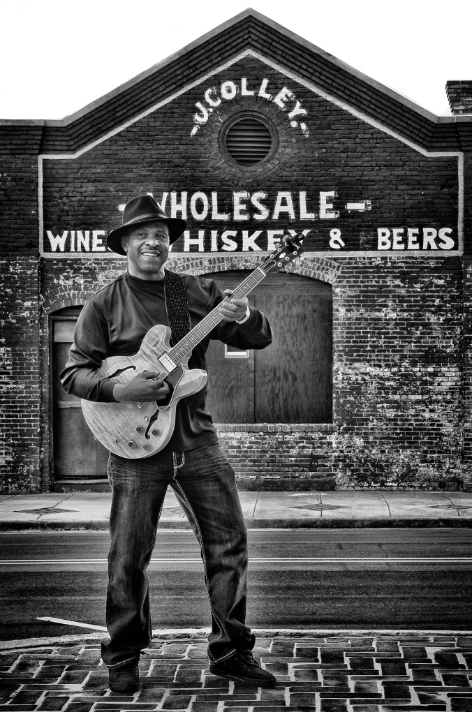 Earl Guitar Williams_IGP8080-Edit-2-EditRoger Stephenson